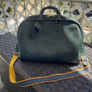 Authentic Louis Vuitton Green Taiga Kendall